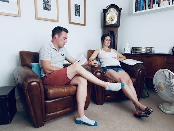 couple have a private hypnobirthing class in oxford at steph mcgee hypnotherapy